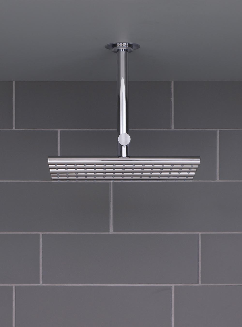 050A: Head shower, ceiling mounted. 60 mm cover flange included.