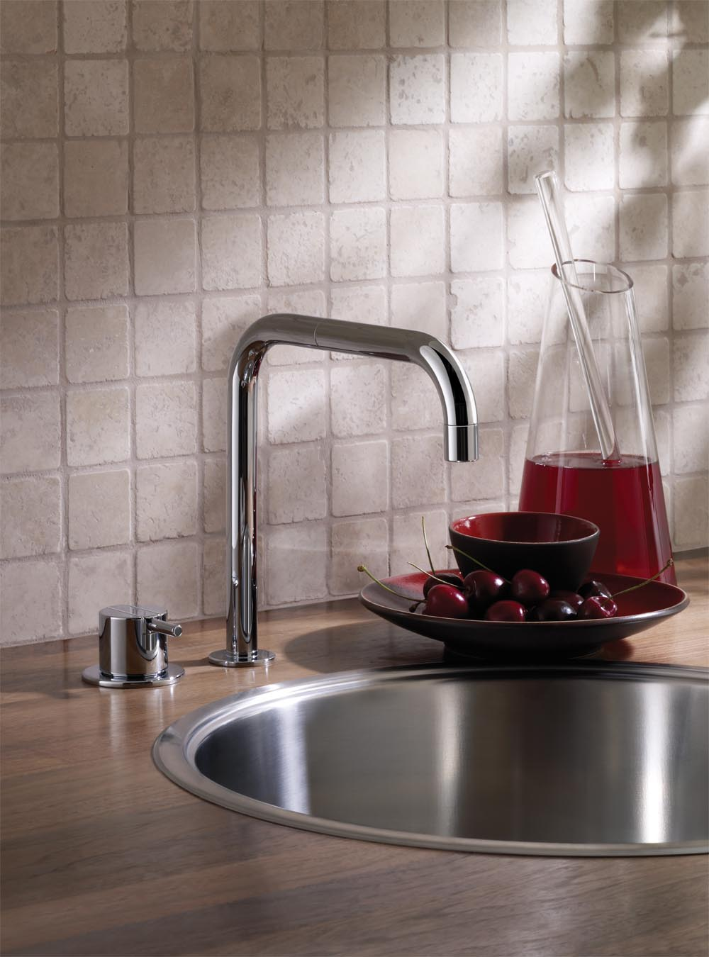 590: One-handle mixer with ceramic disc technology for table mounting 500, with double swivel spout 09...