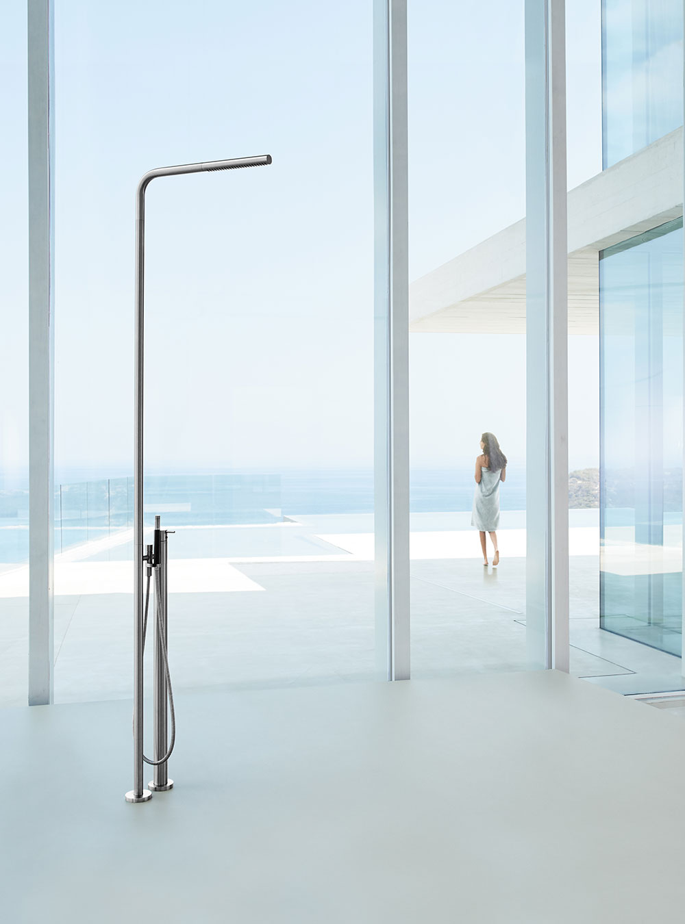 FS3: Free-standing thermostatic shower with hand shower.FS3UP = Build-in part for free-standing shower...